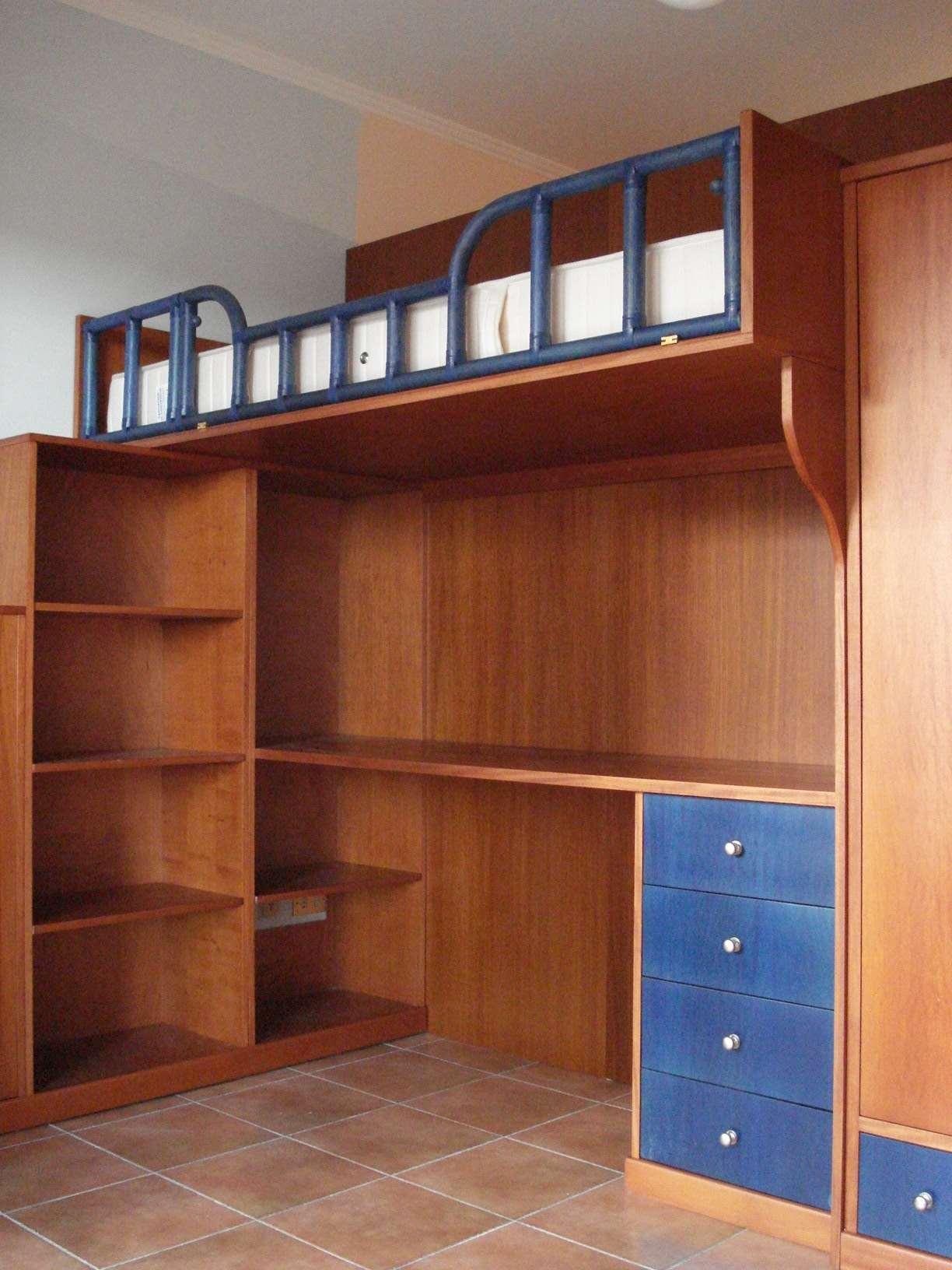 Ikea interni cabine armadio for Letto rialzato ikea